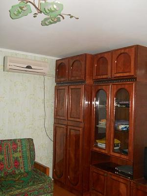 2-комнатная квартира посуточно в Феодосии. ул. Совхозная, 21б. Фото 1