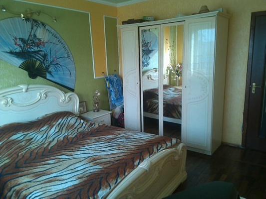 2-комнатная квартира посуточно в Краматорске. б-р Краматорский, 15. Фото 1