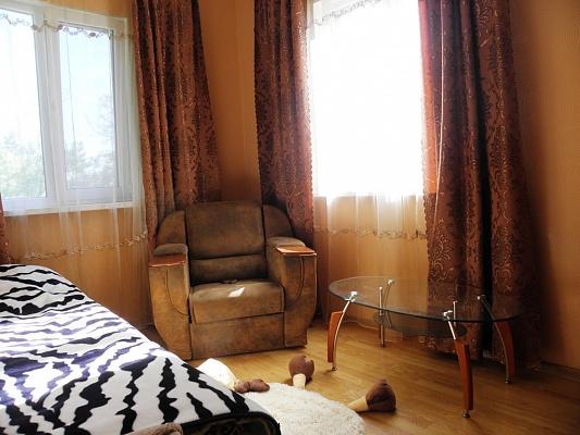 1-комнатная квартира посуточно в Евпатории. Горького, 7. Фото 1