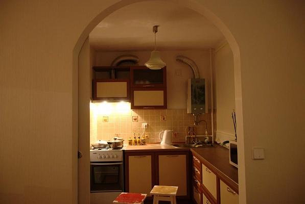 2-комнатная квартира посуточно в Черкассах. ул. Фрунзе, 52. Фото 1