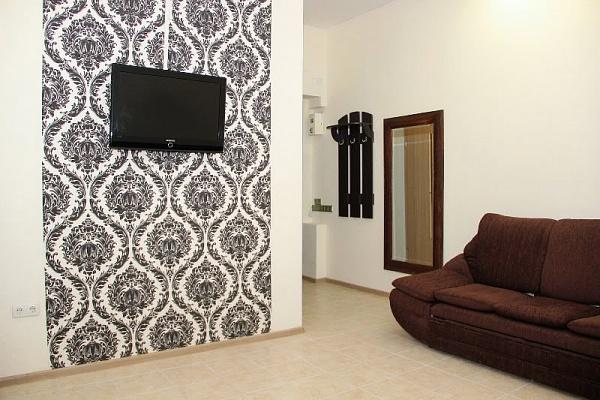 3-комнатная квартира посуточно в Одессе. Приморский район, ул. Гаванная, 6. Фото 1