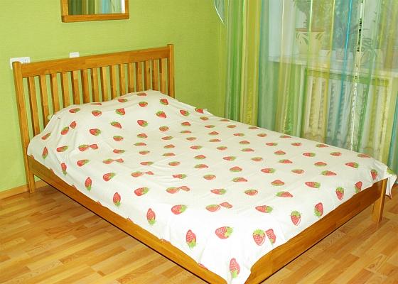 2-комнатная квартира посуточно в Одессе. Киевский район, пр-т Маршала Жукова, 5а. Фото 1