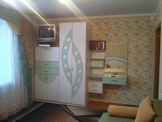1-комнатная квартира посуточно в Хмельнике. Житло в Хмільнику, 5. Фото 1