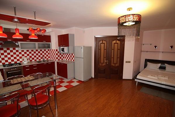 1-комнатная квартира посуточно в Киеве. Голосеевский район, Никольско-ботаническая. Фото 1