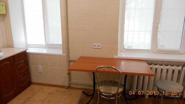 1-комнатная квартира посуточно в Горловке. ул. Горького, 44. Фото 1