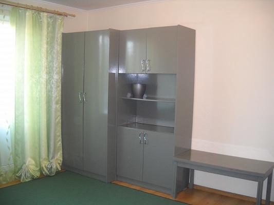 1-комнатная квартира посуточно в Луцке. пр-т Возрождения, 39. Фото 1