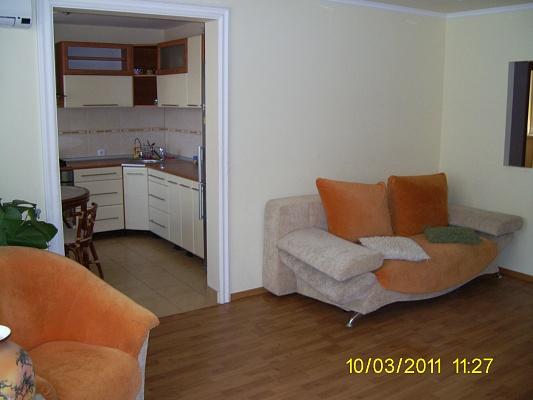 1-комнатная квартира посуточно в Ужгороде. ул. Можайского,. Фото 1