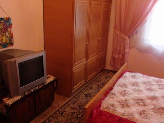 2-комнатная квартира посуточно в Львове. Галицкий район, ул. Каменщиков, 3. Фото 1