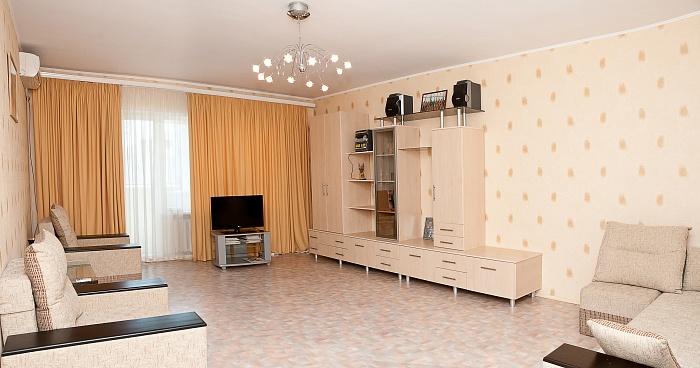 2-комнатная квартира посуточно в Одессе. Приморский район, ул. Армейская, 23. Фото 1