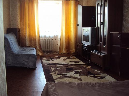 1-комнатная квартира посуточно в Сумах. Заречный район, ул. Г.Кондратьева (Кирова), 4. Фото 1