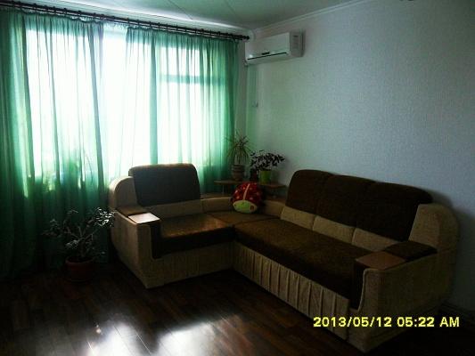 2-комнатная квартира посуточно в Феодосии. ул. Крымская, 29. Фото 1