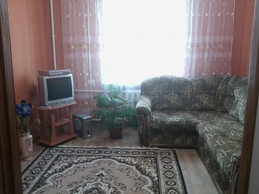1-комнатная квартира посуточно в Кировограде. Ленинский район, ул. Большая Перспективная, 9. Фото 1