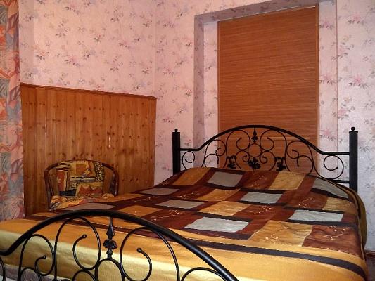 2-комнатная квартира посуточно в Одессе. Приморский район, ул. Жуковского, 4. Фото 1