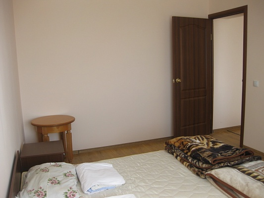 2-комнатная квартира посуточно в Мукачево. ул. Береговская, 3а. Фото 1