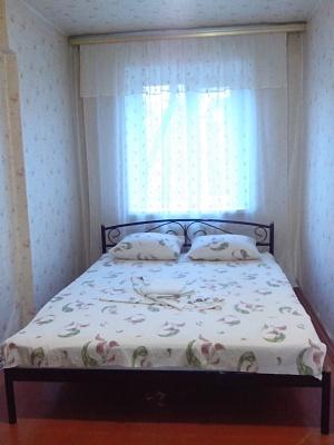 2-комнатная квартира посуточно в Горловке. ул. Пушкинская, 40. Фото 1
