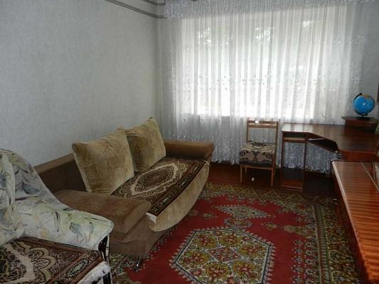 2-комнатная квартира посуточно в Бердичеве. ул. Свердлова, 43. Фото 1