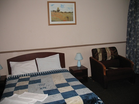 2-комнатная квартира посуточно в Киеве. Соломенский район, ул. Лукашевича, 21. Фото 1