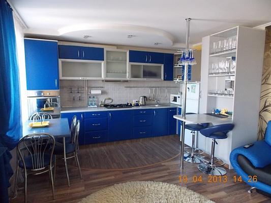 3-комнатная квартира посуточно в Виннице. Ленинский район, ул. Первомайская, 78. Фото 1