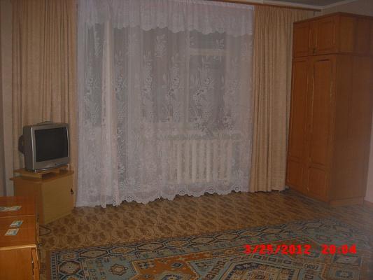1-комнатная квартира посуточно в Николаеве. Корабельный район, ул. Ленинградская, 3г. Фото 1
