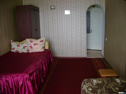 1-комнатная квартира посуточно в Ровно. ул. Данила Галицкого, 5. Фото 1