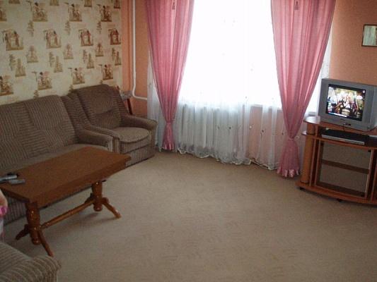 3-комнатная квартира посуточно в Житомире. ул. Бол.Бердичевская,. Фото 1