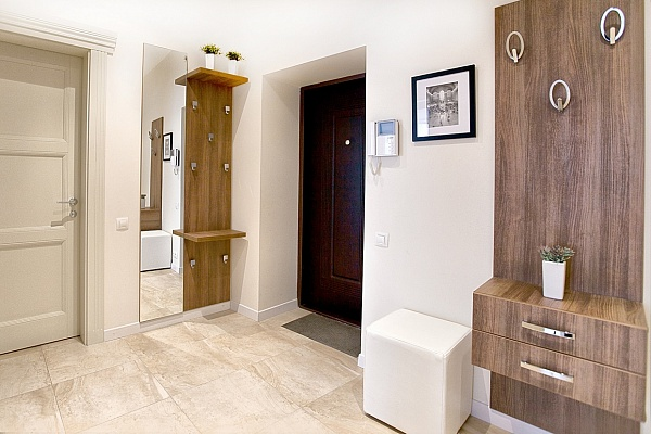 2-комнатная квартира посуточно в Одессе. Приморский район, ул. Жуковского, 10. Фото 1