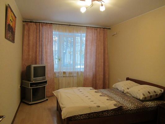 2-комнатная квартира посуточно в Одессе. Приморский район, пер. Лунный, 2. Фото 1