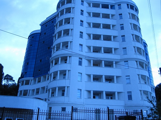 2-комнатная квартира посуточно в Гурзуфе. Гурзуфское шоссе, 8б. Фото 1