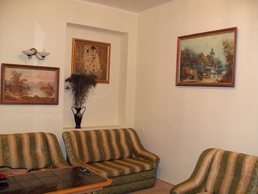 3-комнатная квартира посуточно в Одессе. Приморский район, Одесса, Одесса, Дерибасовская ,, 16, 16. Фото 1