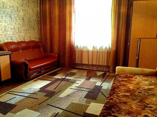 1-комнатная квартира посуточно в Львове. Франковский район, ул. Кульпаркивськая, 29. Фото 1