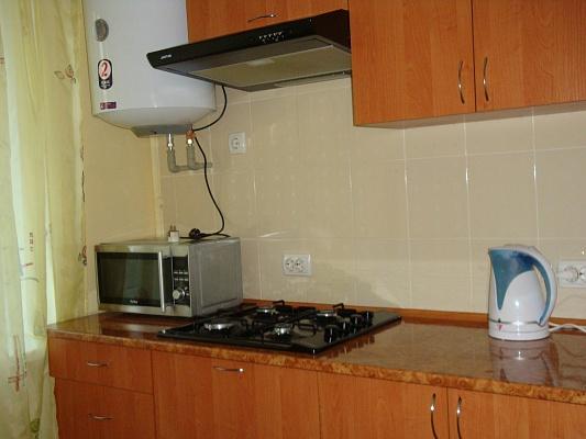 1-комнатная квартира посуточно в Тернополе. ул. Мазепы, 3. Фото 1