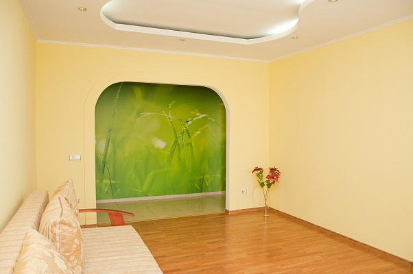 3-комнатная квартира посуточно в Сумах. Заречный район, ул. Лушпы, 31. Фото 1