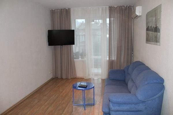 2-комнатная квартира посуточно в Одессе. Приморский район, ул. Пушкинская, 39. Фото 1