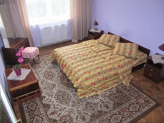 2-комнатная квартира посуточно в Львове. Галицкий район, ул. Словацкого, 16. Фото 1