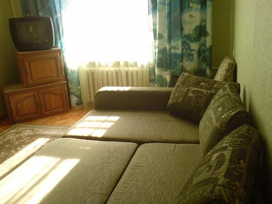 3-комнатная квартира посуточно в Запорожье. Жовтневый район, ул. Коммунаровская, 58. Фото 1