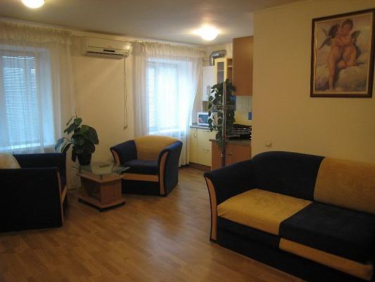 1-комнатная квартира посуточно в Днепропетровске. Бабушкинский район, , Словацкого, 10, 7. Фото 1