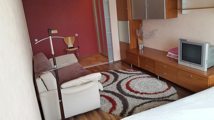 1-комнатная квартира посуточно в Киеве. Оболонский район, пр-т Героев Сталинграда, 35. Фото 1