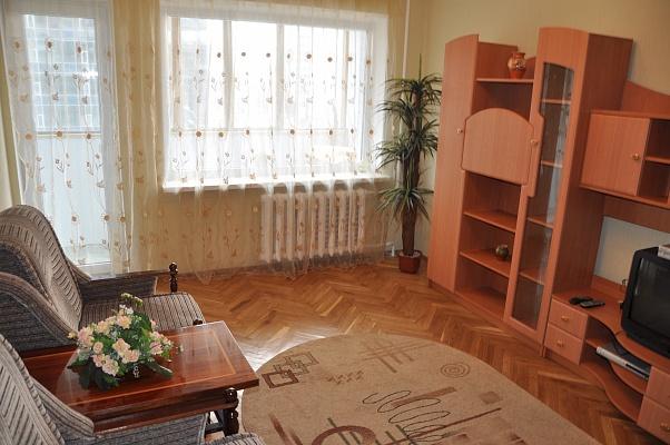 1-комнатная квартира посуточно в Киеве. Печерский район, ул. Бассейная, 19. Фото 1