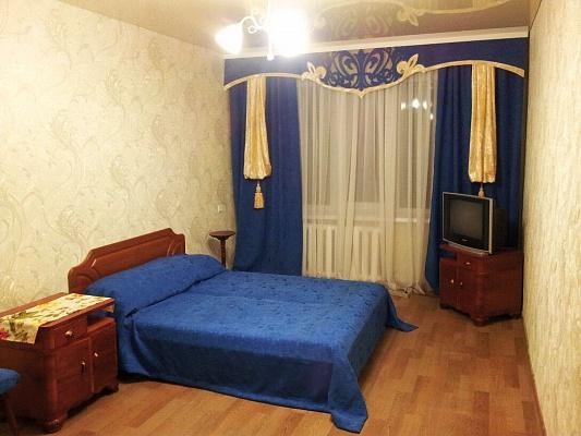 1-комнатная квартира посуточно в Славянске. ул. Васильковская (Октябрьской революции), 51а. Фото 1