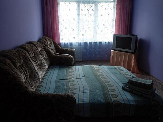 2-комнатная квартира посуточно в Керчи. ул. Гайдара, 9. Фото 1