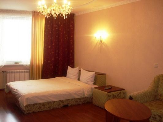 1-комнатная квартира посуточно в Киеве. Дарницкий район, Гришко, 9. Фото 1