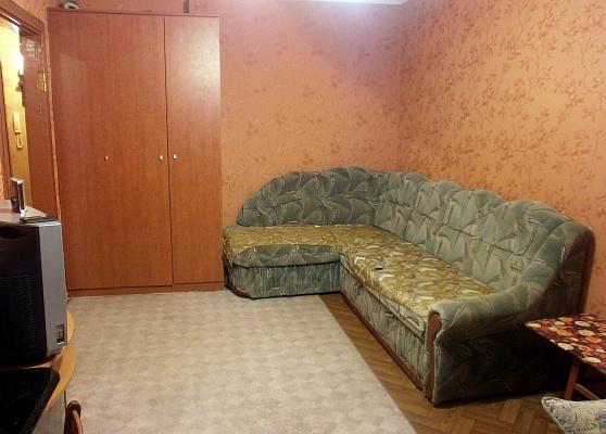 1-комнатная квартира посуточно в Севастополе. Гагаринский район, пр-т Октябрьской революции, 57. Фото 1