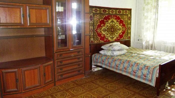 2-комнатная квартира посуточно в Одессе. Малиновский район, ул. Гераневая, 10. Фото 1
