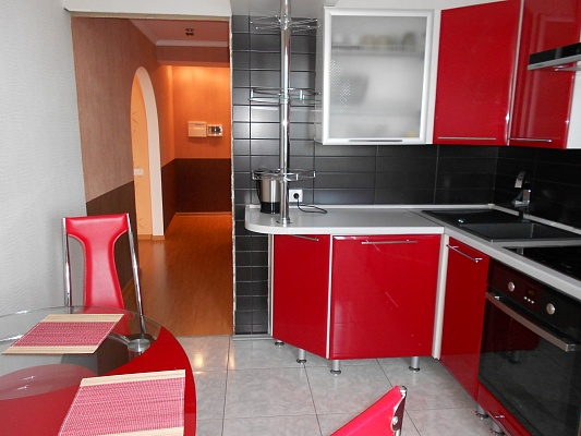 1-комнатная квартира посуточно в Житомире. ул. Мазепы (Мануильского), 3а. Фото 1