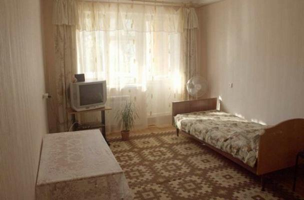 1-комнатная квартира посуточно в Севастополе. Гагаринский район, Глухова, 7. Фото 1