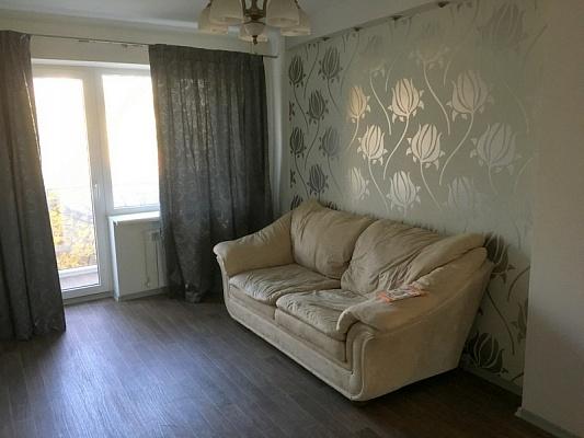 1-комнатная квартира посуточно в Одессе. Приморский район, ул. Романа Кармена, 11-А. Фото 1