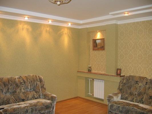 2-комнатная квартира посуточно в Луцке. ул. Кравчука, 17. Фото 1