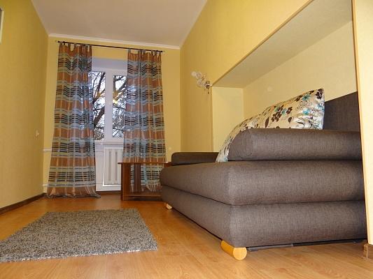 2-комнатная квартира посуточно в Одессе. Приморский район, Французский бульвар, 14Б. Фото 1