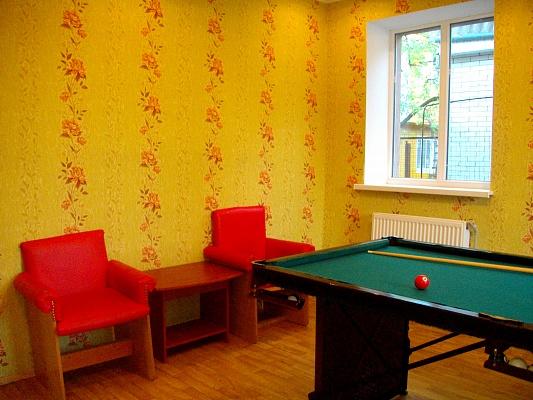 4-комнатная квартира посуточно в Нежине. ул. Мазепы (Калинина), 19. Фото 1