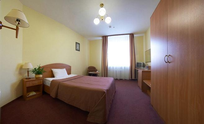 Мини-отель  посуточно в Бердянске. ул. Пархоменко, 10. Фото 1